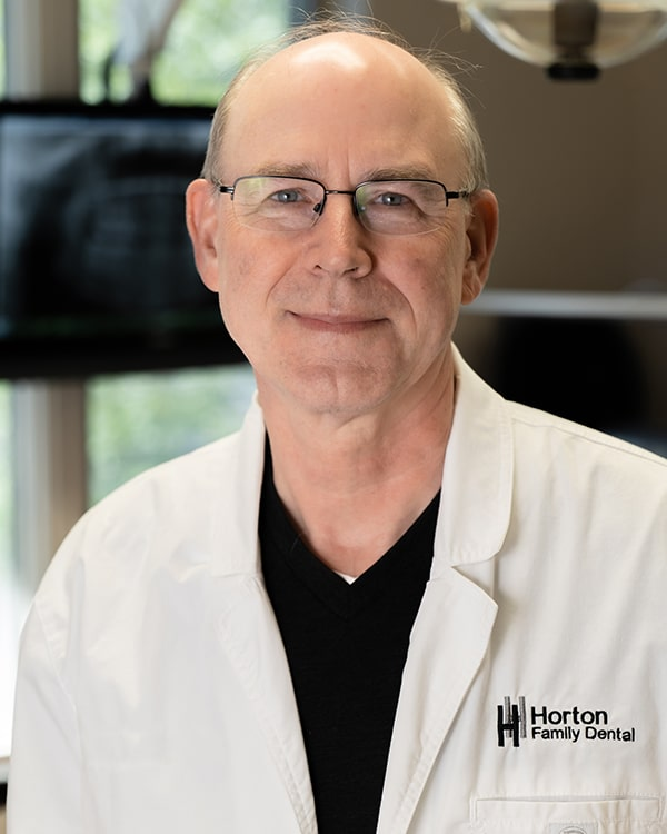Dr. Arlyn Robinson